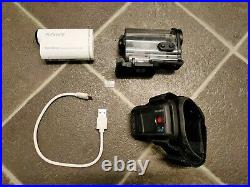 Sony HDR AS200VR Action Cam with Wifi, GPS, Live View Remote & Underwater Case